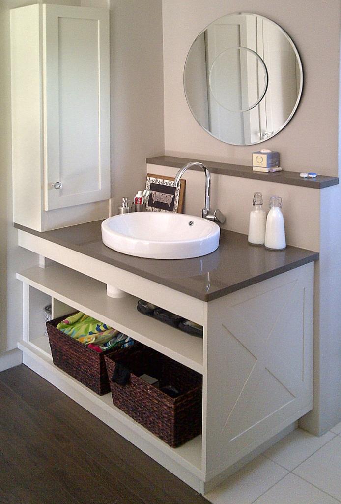 Bathrooms designer kitchens cupboards for Kitchen designs centurion