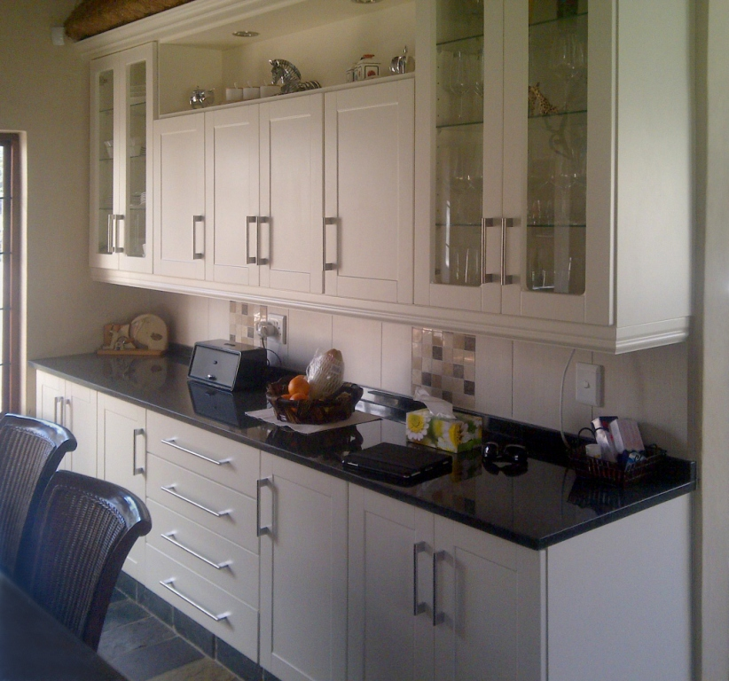 Designer Kitchens & Cupboards